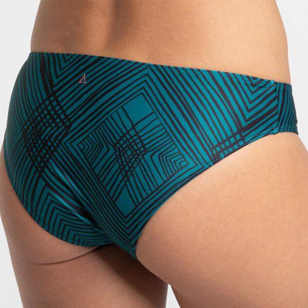 INASKA-Swimwear-Sportbikini-CHILL-Pine-Hose-Detail.jpg